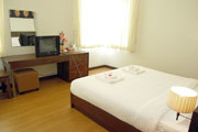 Family Suite Double Bed (2)